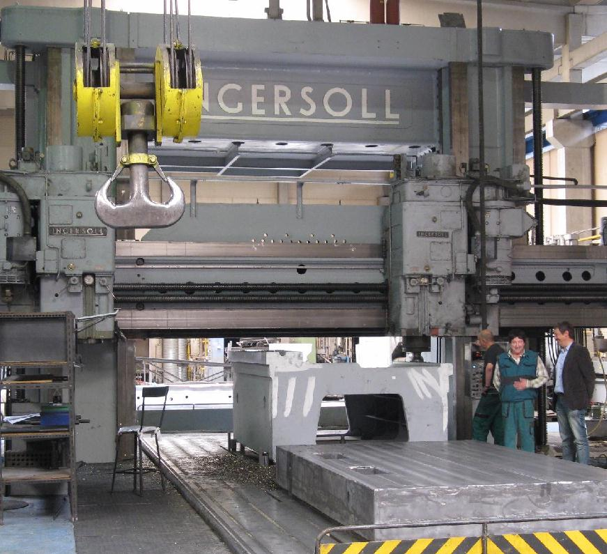 """Gantry-Milling of complete machines up to 5m width and 14m length on """"Ingersoll"""", up to 300 tons table-load"""