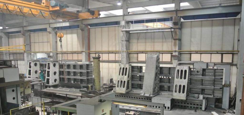 CNC-Fräsen auf 2 MECOF-Bohrwerken parallel